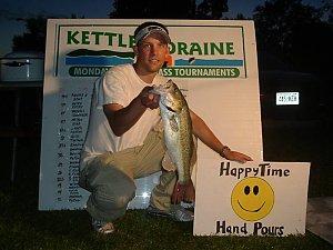 Click image for larger version  Name:Pike Lake Big Fish.jpg Views:220 Size:52.7 KB ID:485