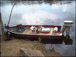Click image for larger version  Name:boat2.JPG Views:184 Size:84.1 KB ID:2280